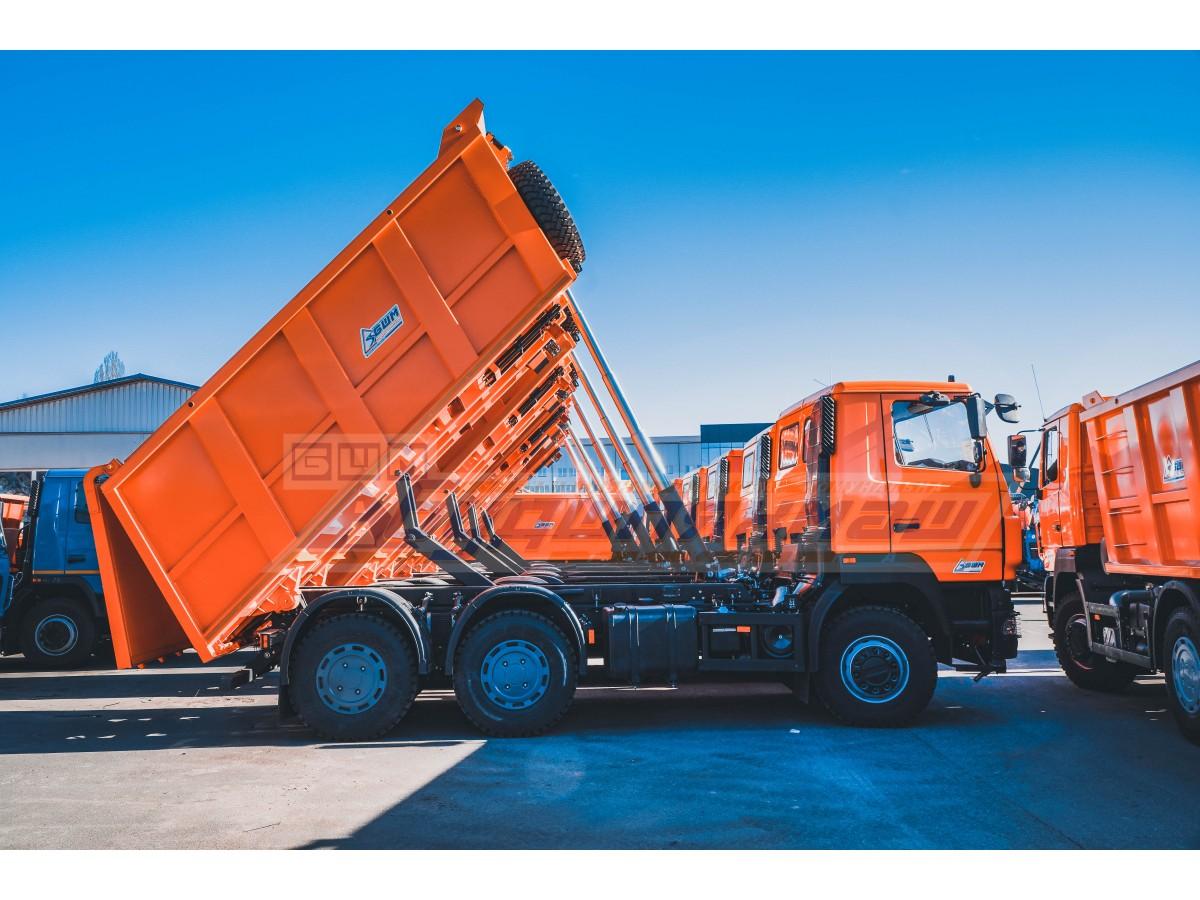 Відвантажили велику партію самоскидів МАЗ-6501С5-584-000